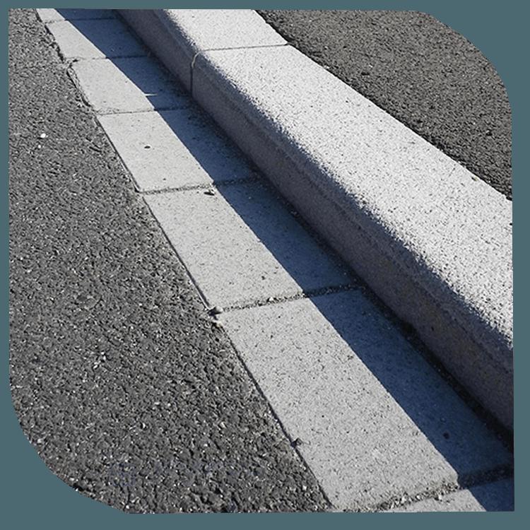 Assainissement, Caniveaux / Bordures de trottoirs.